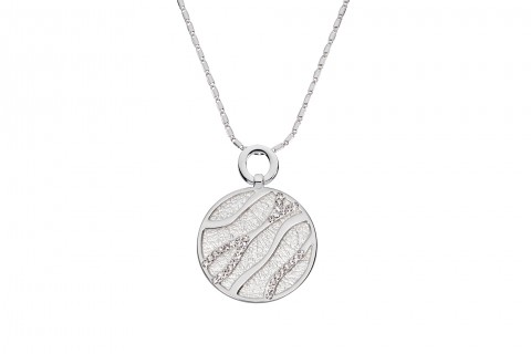 Kreis in Silber mit Steinen