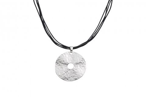 Gehämmerter Kreis in Silber