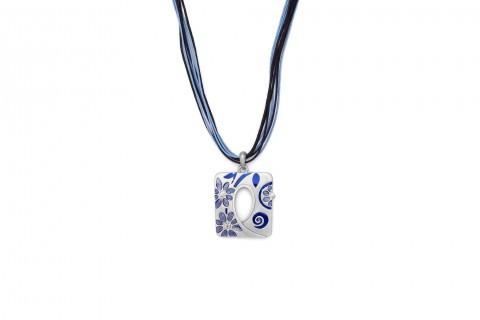 Silbernes Rechteck mit Blauen Blüten